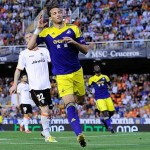 Michu scoring at the Mestalla