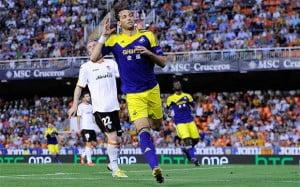Michu scoring at the Mestalla