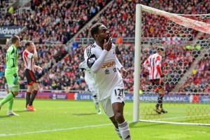 Nathan Dyer scoring against Sunderland