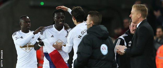 Gomis French flag